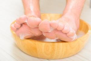 Fußbad gegen Fußpilz